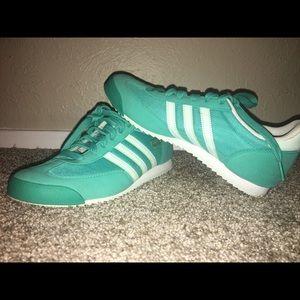 Adidas (Dragon)